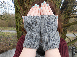 owl-mittens-from-ravelry