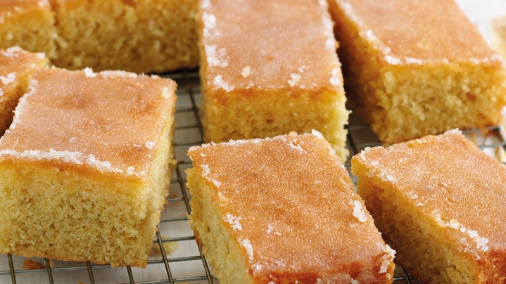 mary-berry-lemon-drizzle