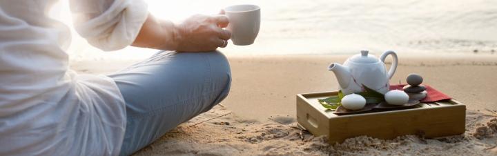 tea_beach_bamboo_tray_banner.jpg