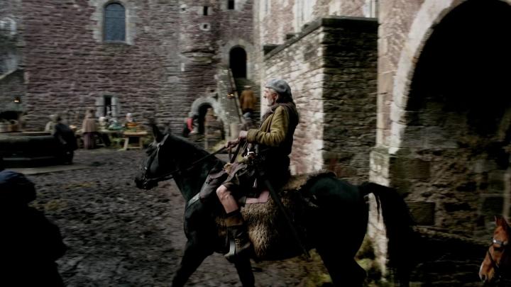 Outlander Castle Leoch.jpg